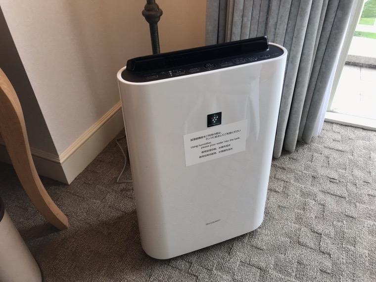 仙台ロイヤルパークホテル客室「ラグジュアリーツイン」ガーデンサイド_空気清浄機