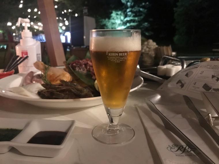 仙台ロイヤルパークホテル_オールデイダイニング「シェフズテラス」_星空眺めるクラフトビアガーデン03