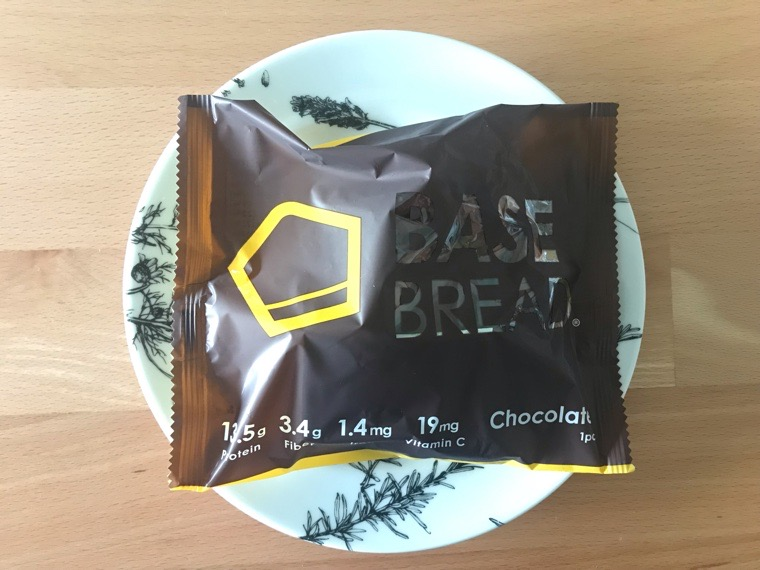 完全食BASE BREAD(ベースブレッド)_チョコレート_包装