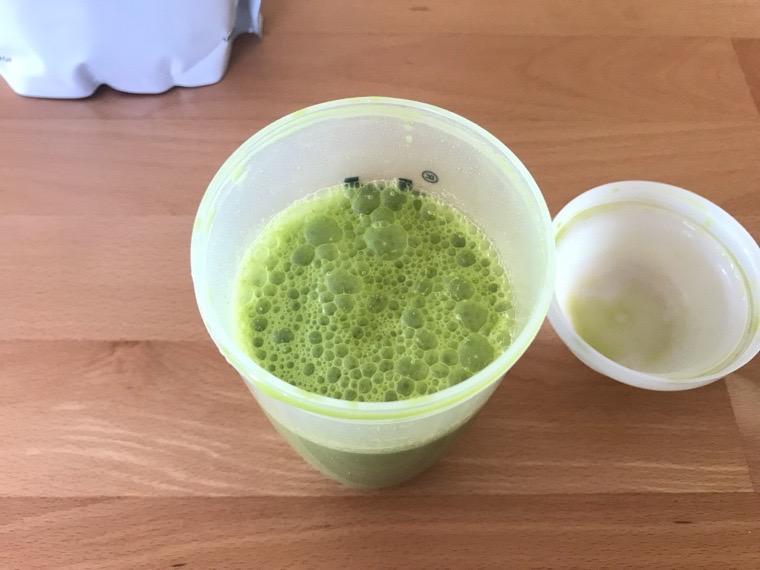 完全食uFit(ユーフィット)_uFit完全栄養食の飲み方・味_水と混ぜる_完成